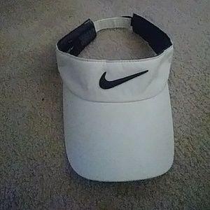 Nike sport visor